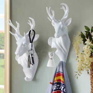 European-animal-creative-hook-hook-hanging-stereo-wall-decorations-room-mural-backdoor-hook.jpg
