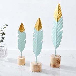 Modern-Iron-Feather-Wooden-Base-Decorations-Simple-Miniature-Figurines-for-Living-Room-Table-Office-Home-Decoration.jpg