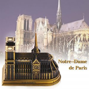 Notre-Dame-de-Paris-Figurines-Miniatures-Zinc-Alloy-Crafts-French-Church-Ornaments-Decoration-Construction-Models-Home.jpg